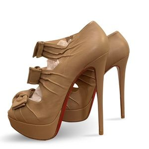 Christian Louboutin Madame Butterfly 150mm